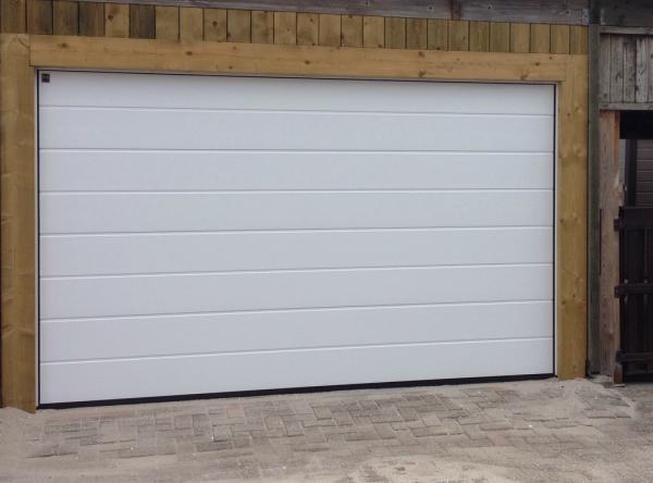 Deze garagedeuren bieden veel gebruiksgemak